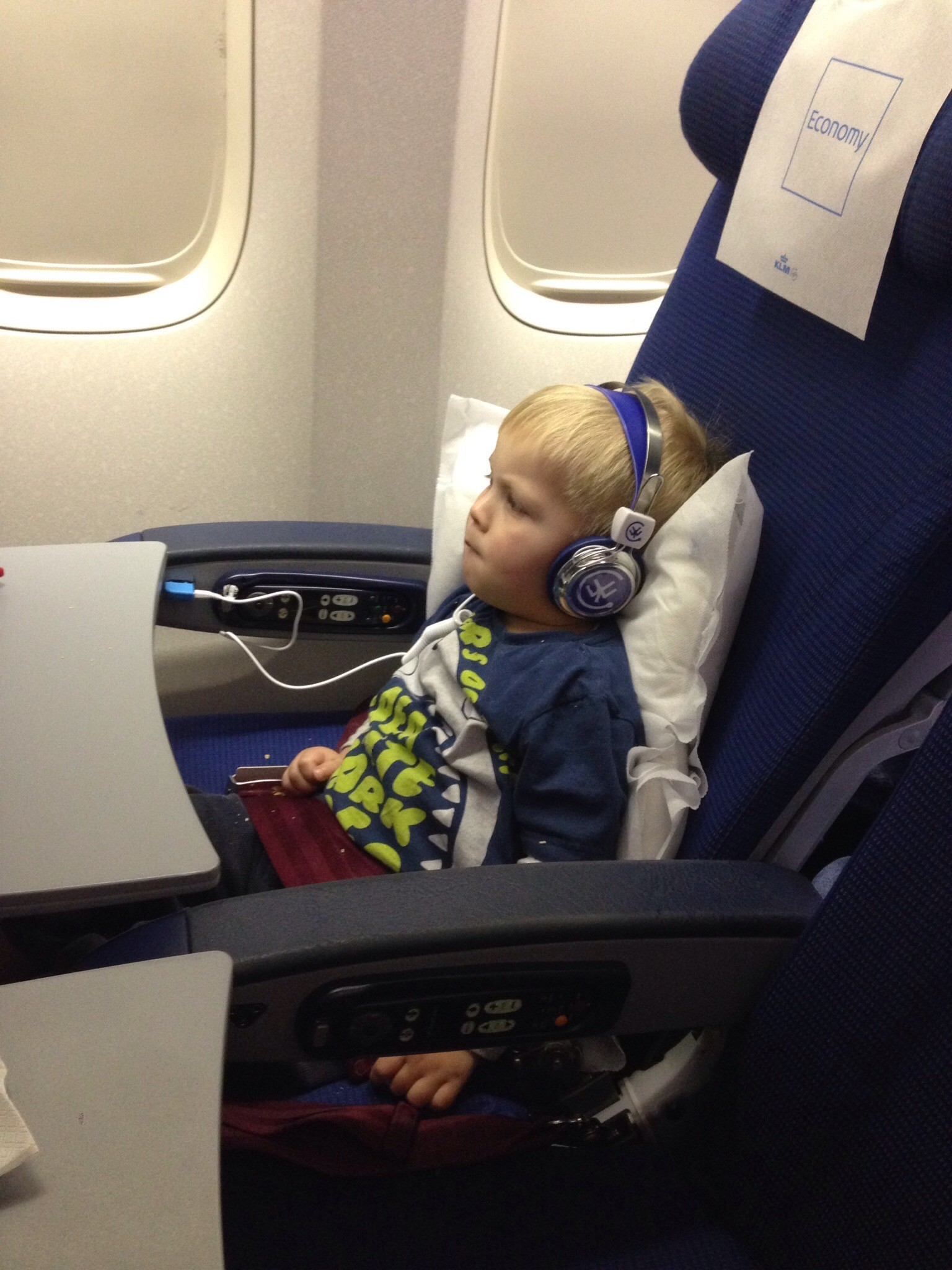 What to pack when flying Long-Haul with a Toddler