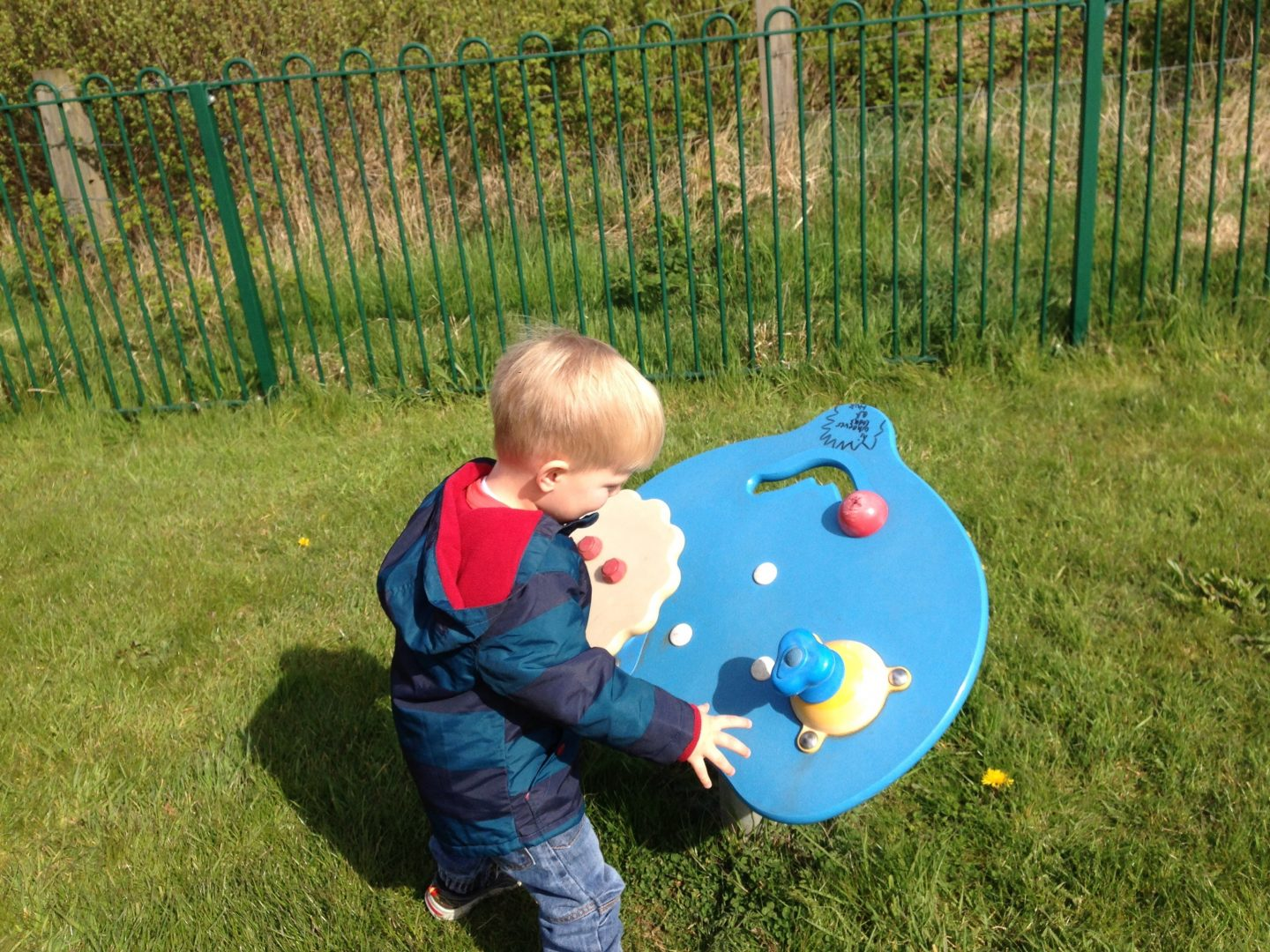 Playgrounds in North Tyneside – Moorside Play Area