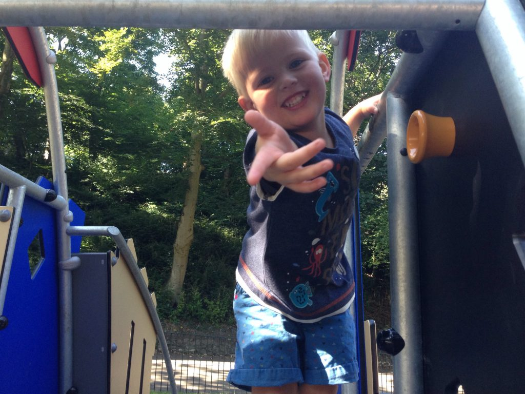 Playgrounds in North Tyneside – Northumberland Park