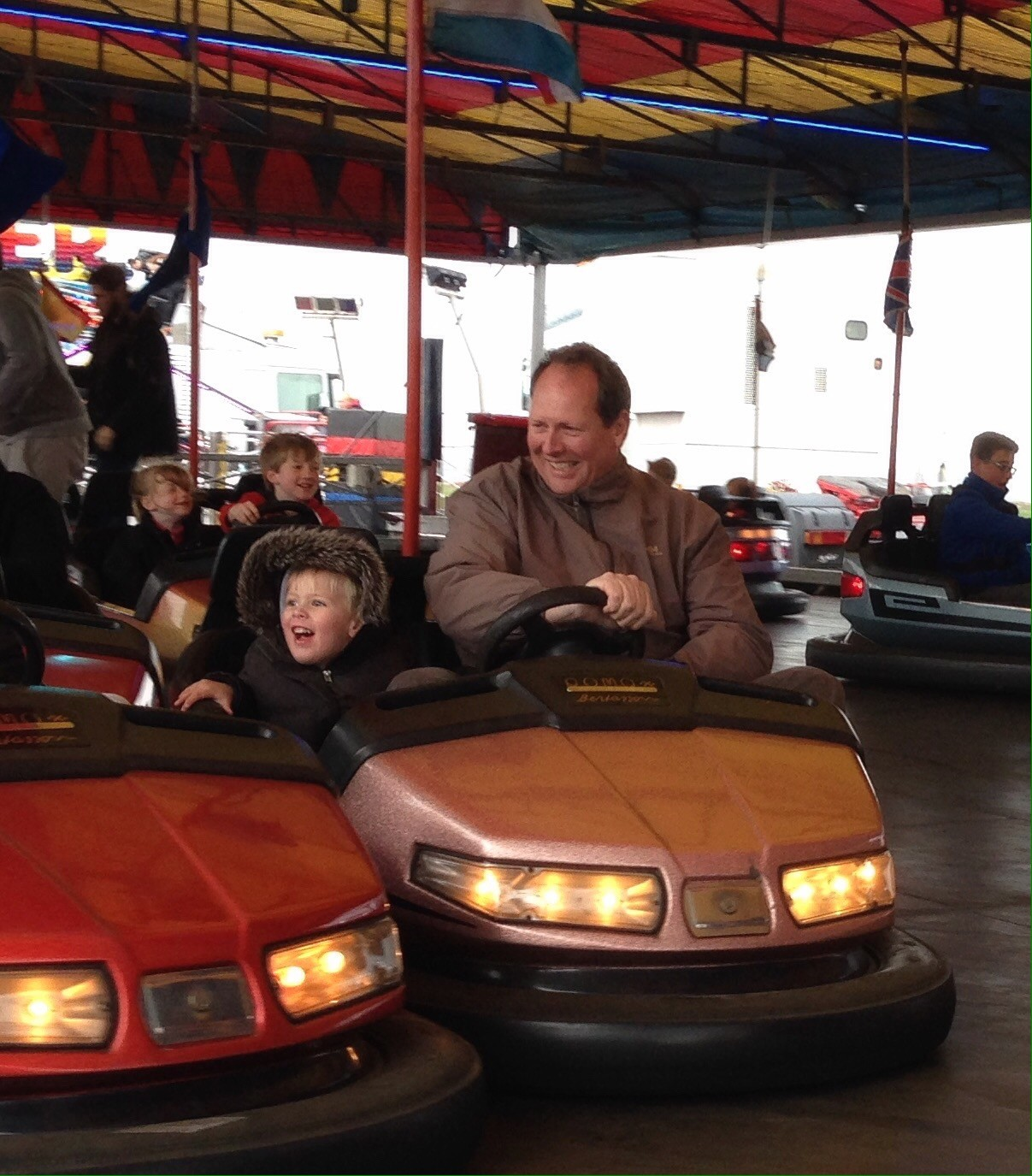 bumper cars spanish city fun fair easter whitley bay