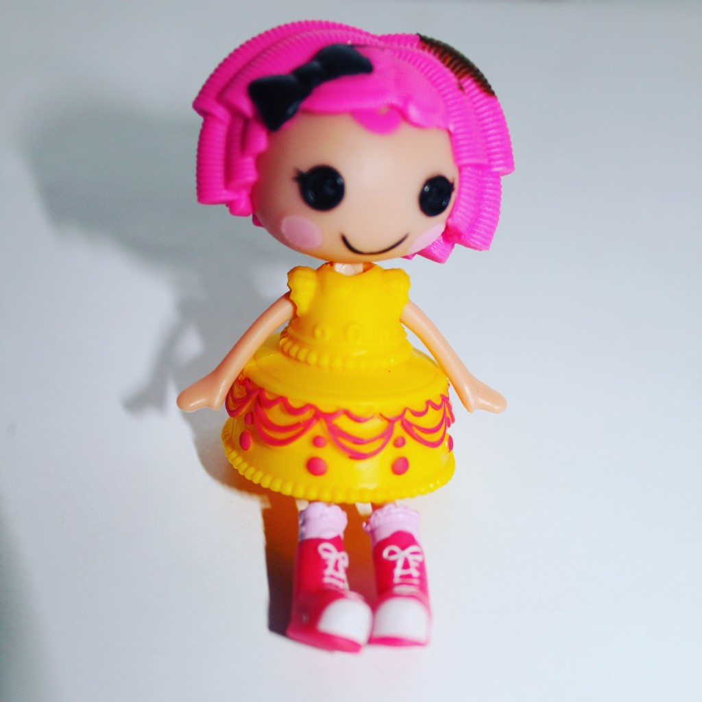 Lalaloopsy Mini Style n Swap doll crumbs sugar cookie