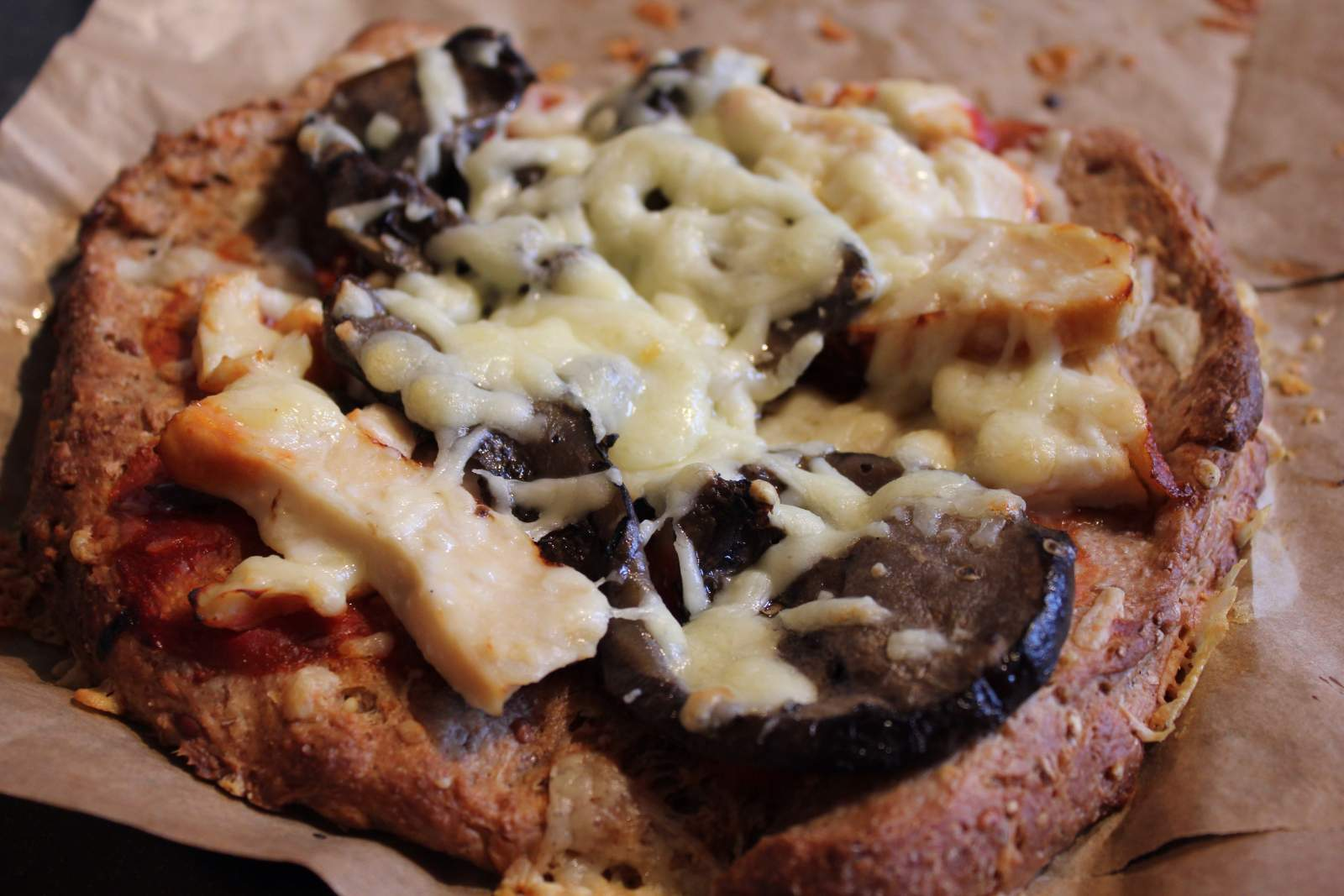 grilled aubergine and chicken rustic pizza