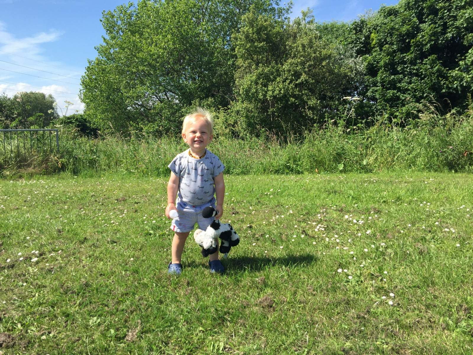 enjoying the summer with robinsons squashd outdoors
