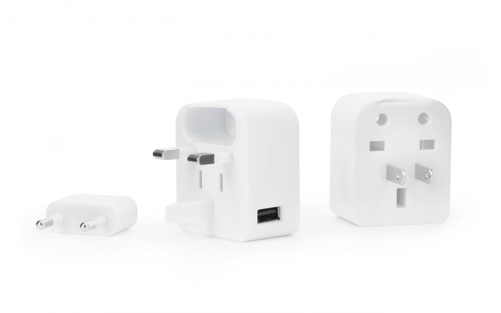 travel-adapter-with-usb
