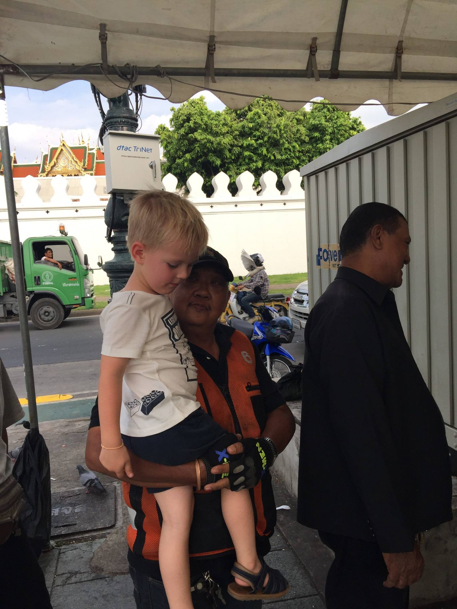 thai people love blonde headed children but there's nothing sinister to it