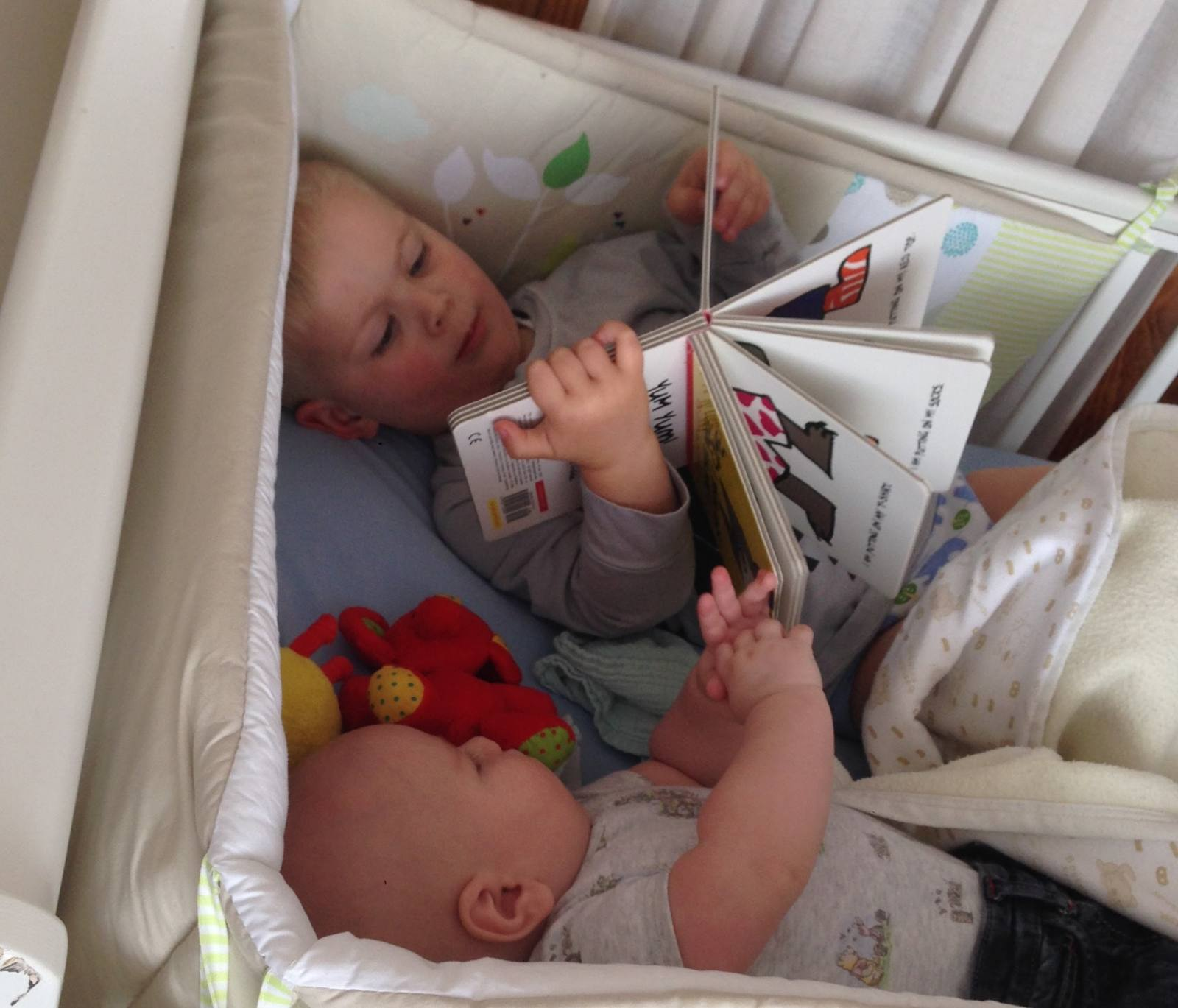 reading bedtime stories baby and toddler
