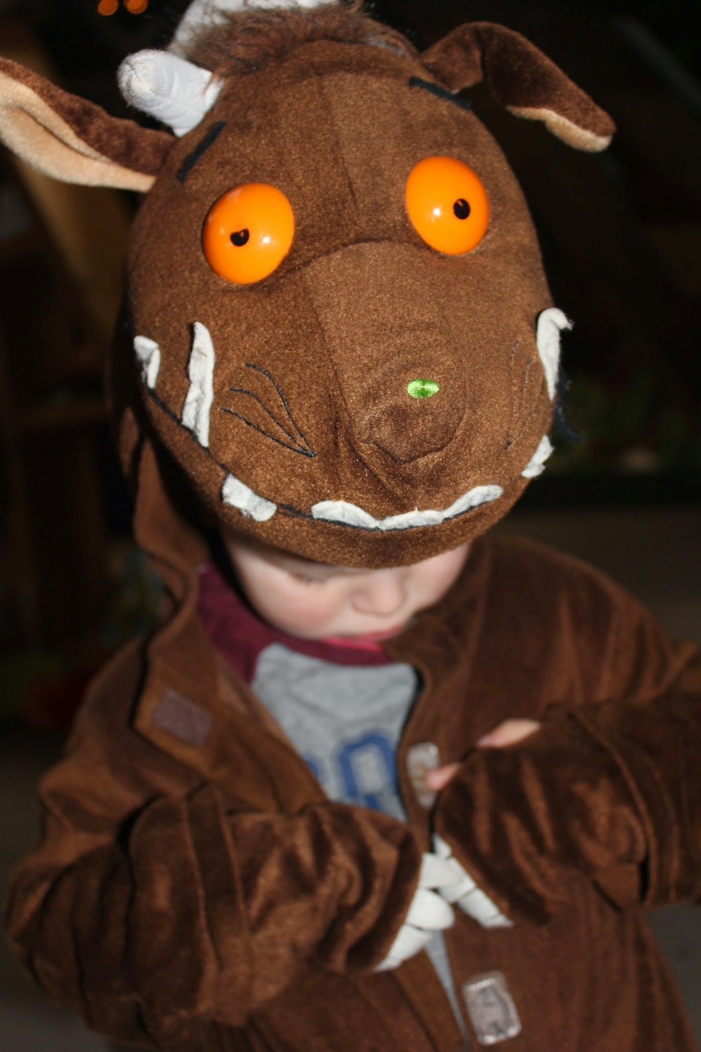 reading bedtime stories the gruffalo is a brilliant story for young children