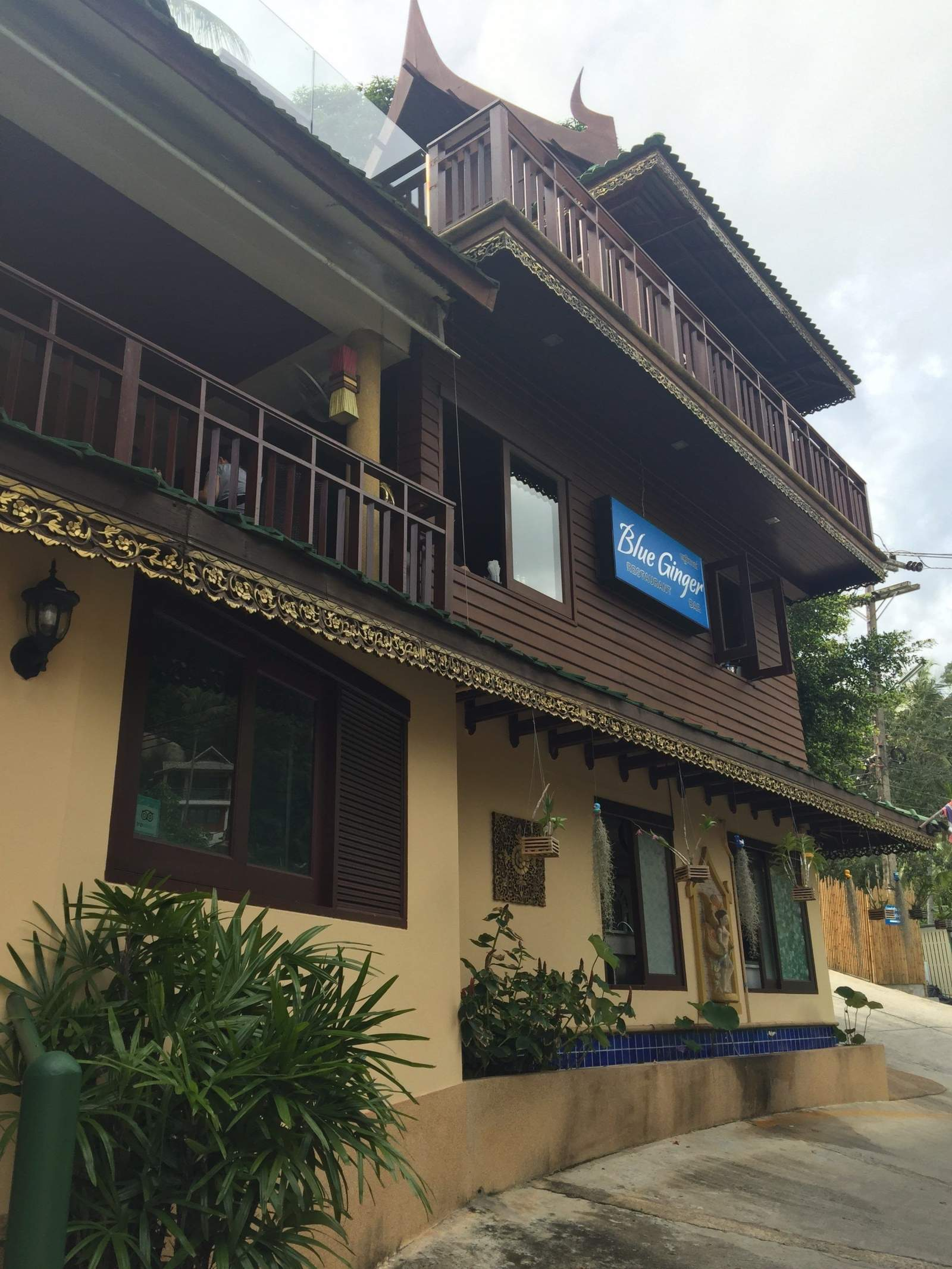 koh samui sandalwood blue ginger restaurant