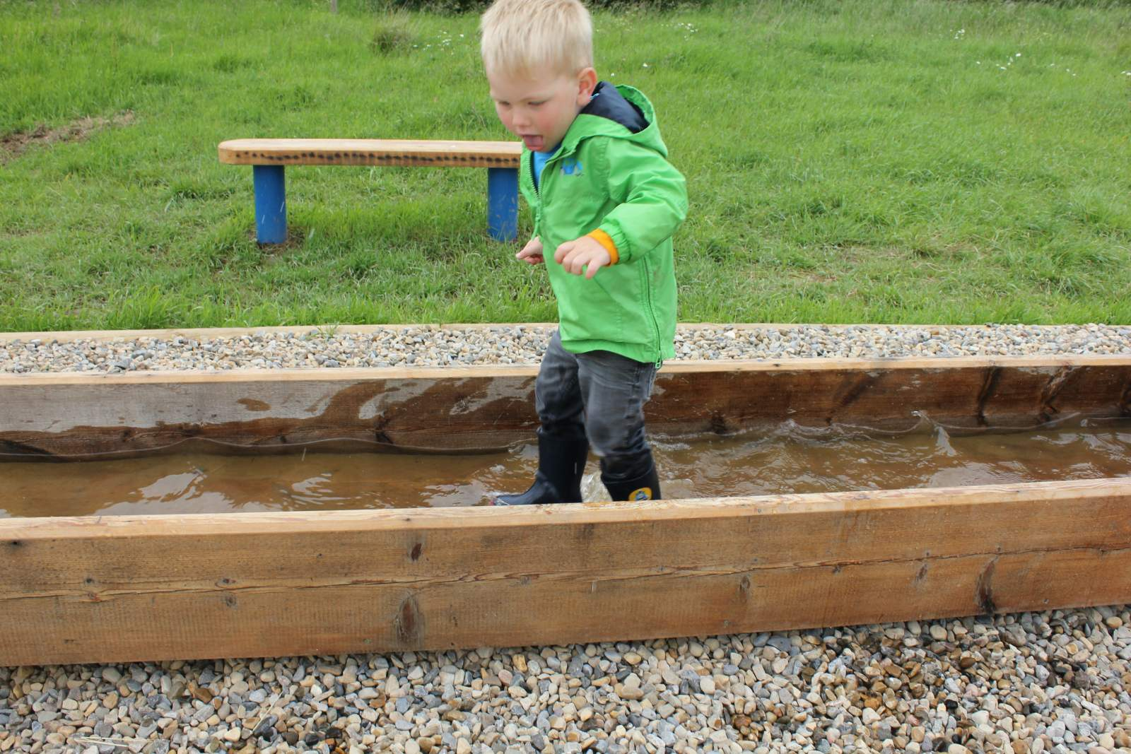 rspb saltholme water play area
