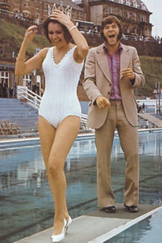 supermac-with-miss-tyne-tees-sheila-mitchell-at-the-1971-show