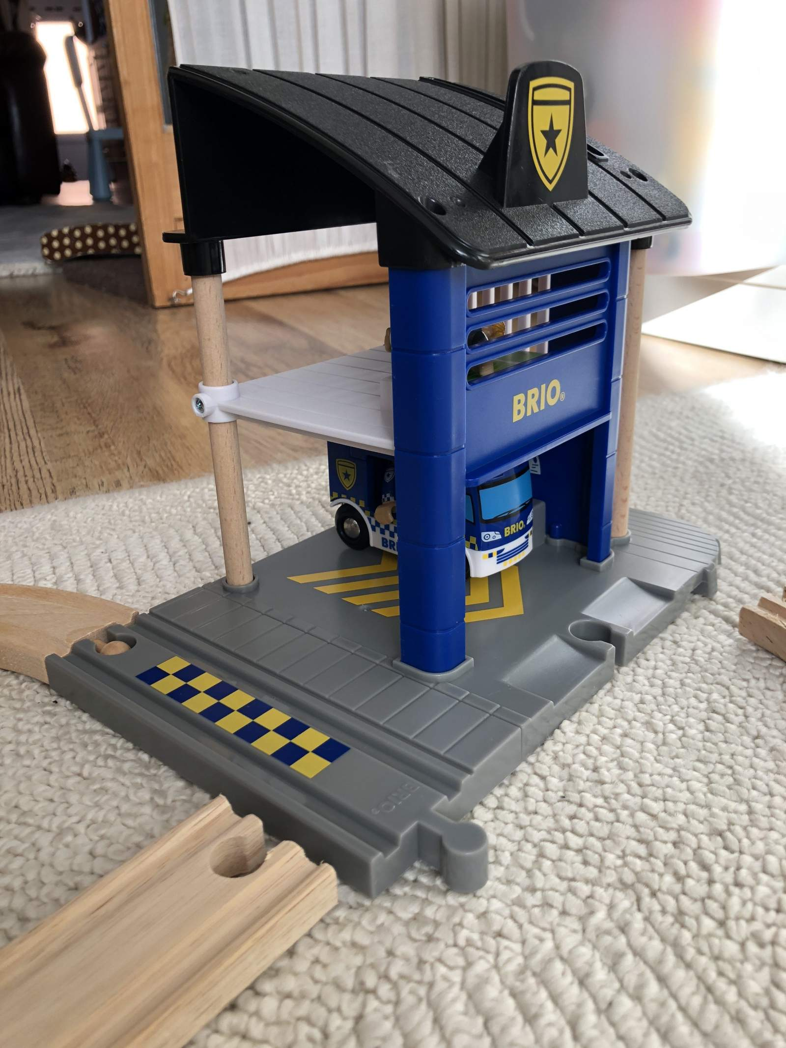 BRIO Police station from the side