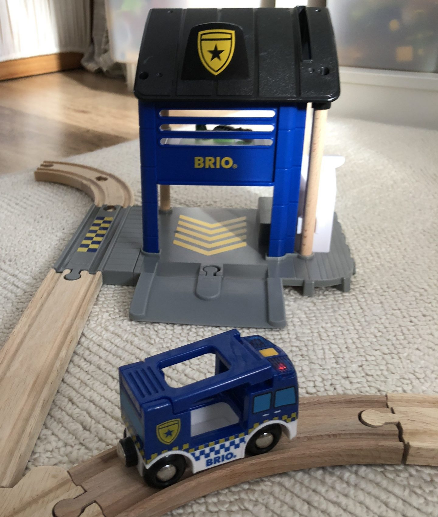 BRIO Police Station [REVIEW]