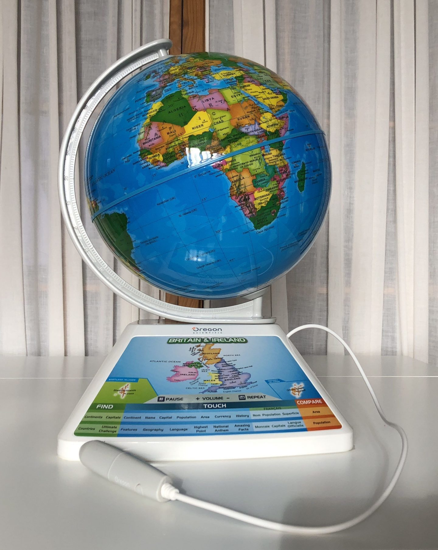 Smart Globe Adventure by Oregon Scientific – with Augmented Reality – Review